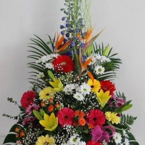 Centro de flores de temporada