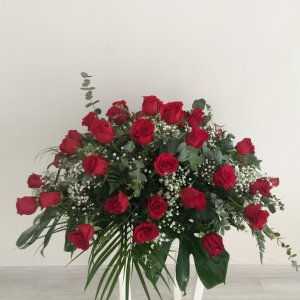 Centro fúnebre de rosas