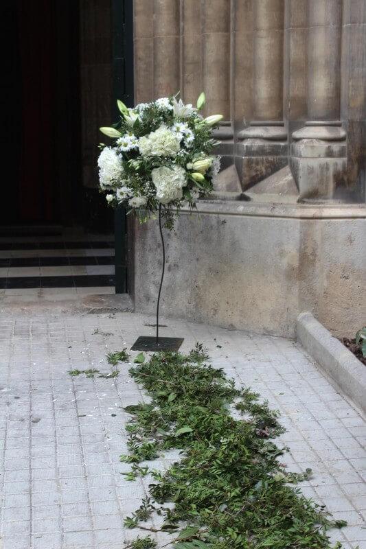 Decoración iglesia de los dominicos de Valencia en flores blancas