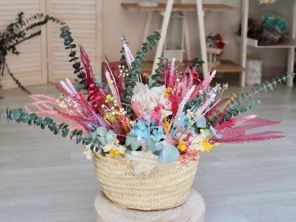 capazo de flores secas grande