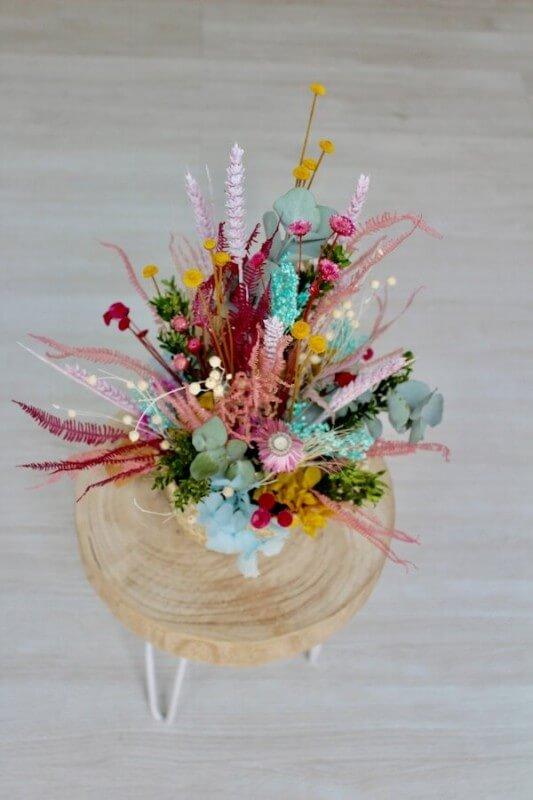 cesto de flores secas mediana