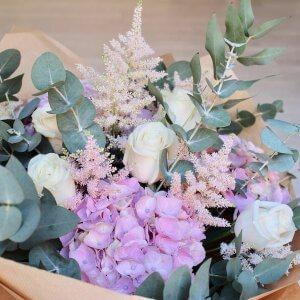 Ramo con hortensias