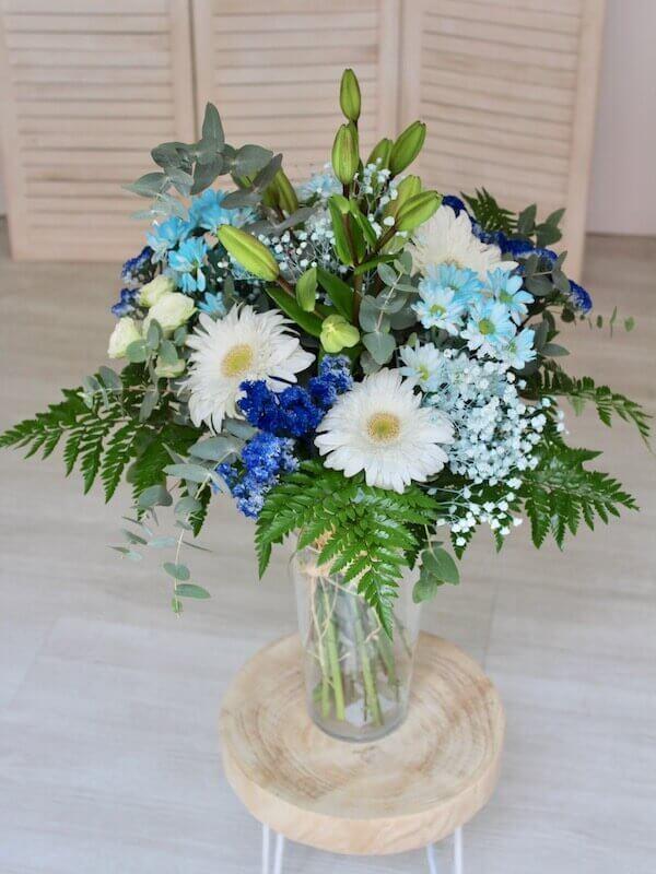 ramo silvestre de flores azul en Valencia