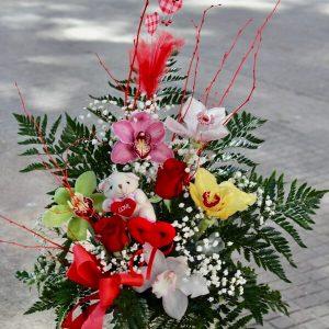 Centro de orquideas y rosas